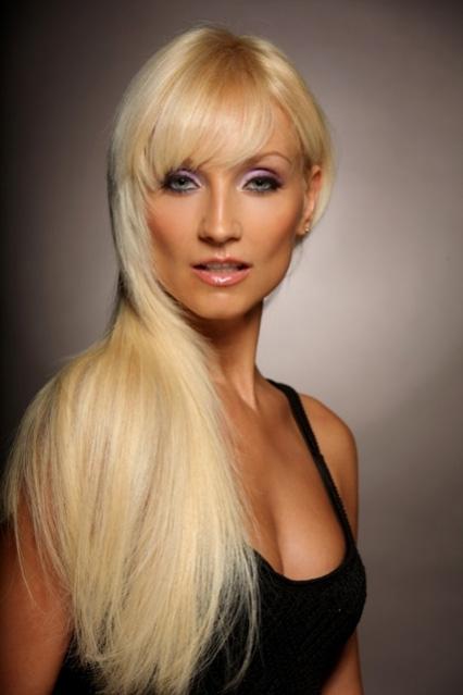 Kim 39 s permanent cosmetics photo gallery hair for Absolute salon oak ridge tn